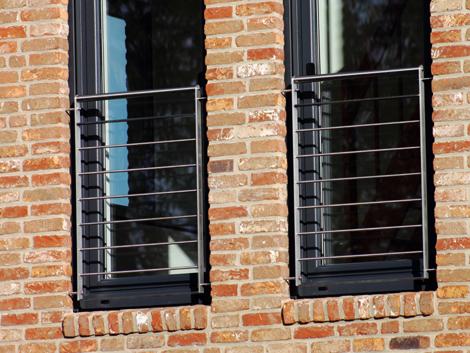 was ist ein franz sischer balkon auf einem schiff gel nder f r au en. Black Bedroom Furniture Sets. Home Design Ideas